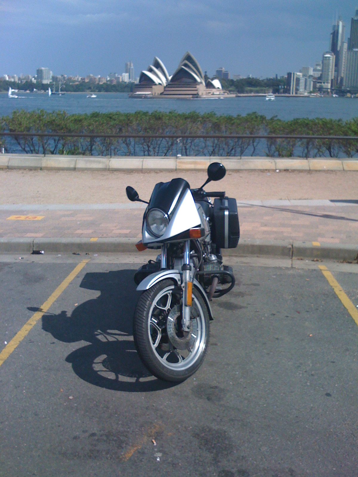 My beautiful BMW R65LS with a mildly well know piece of architecture in the background